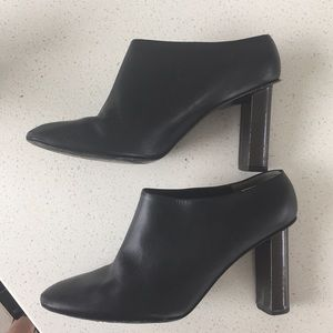 Robert Clergerie Size 40 Mules